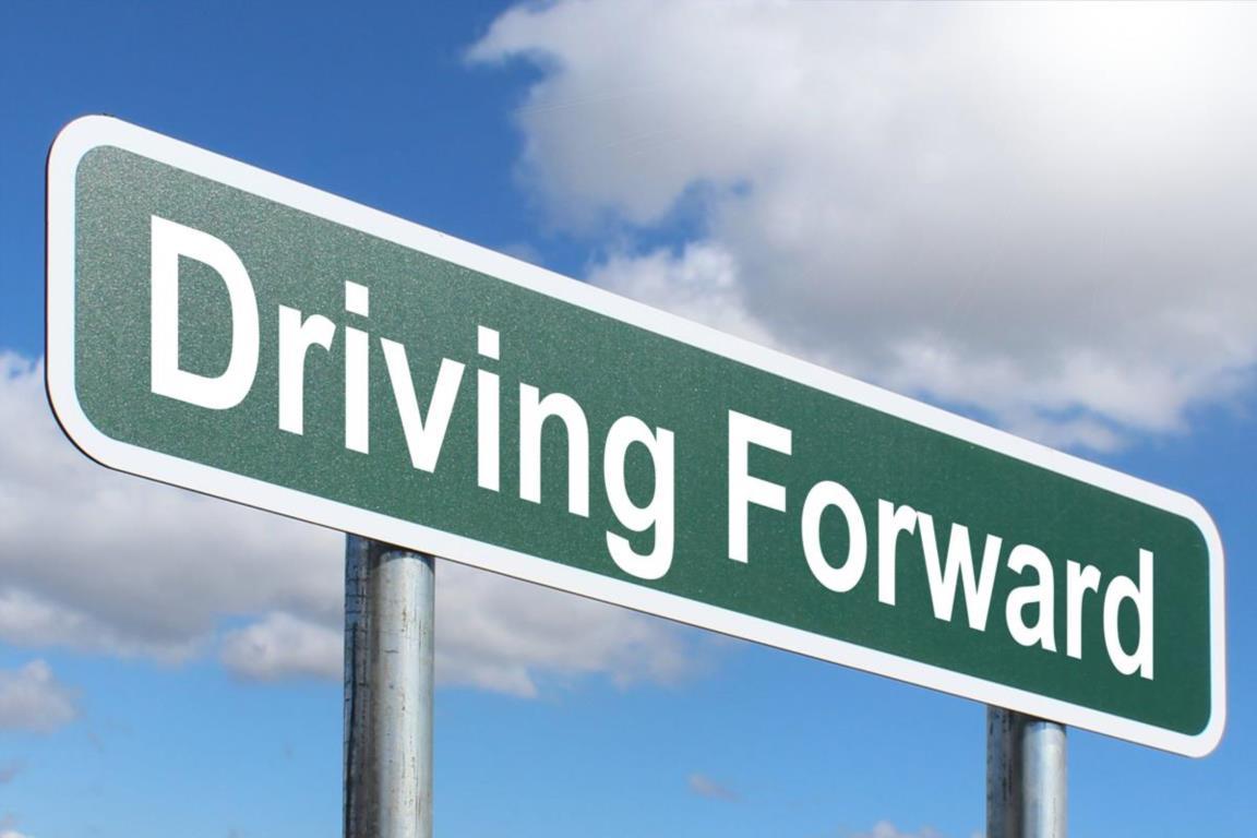 driving-forward-in-kerala-roads